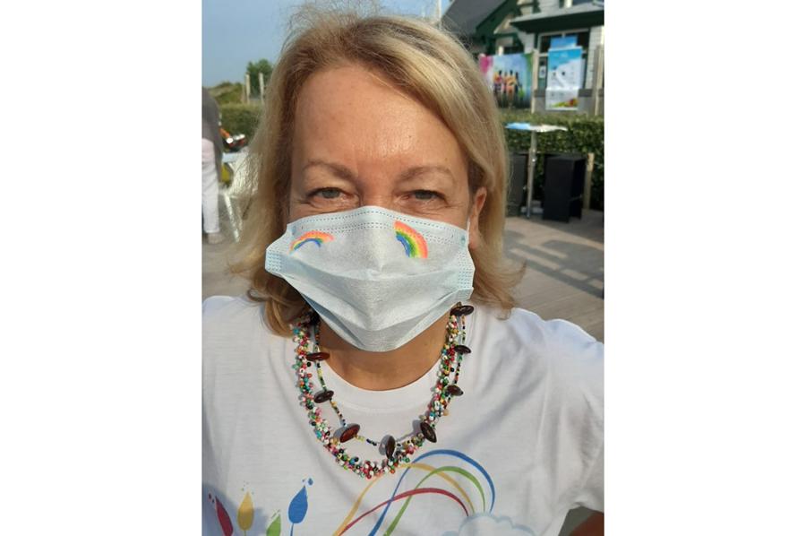 equipe trophee art-en-ciel - masques arc-en-ciel
